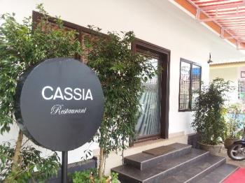 cassia-Restaurant-@-Lakdi-Ka-Pool1